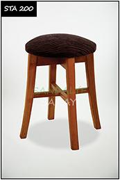 Wooden stool - sta200